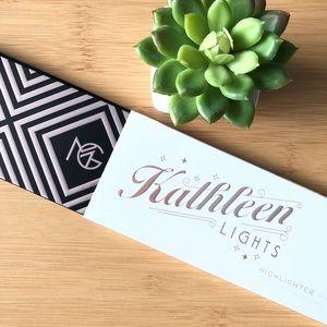 Limited Ed Kathleen Lights x Makeup Geek highlight